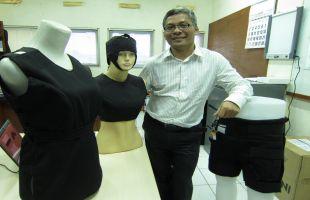 Warsito P. Taruno penemu alat terapi kanker